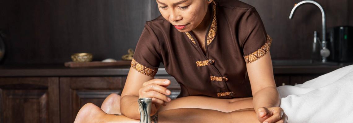 Slimming thai massage